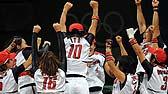 垒球:日本队夺冠