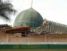爪哇地震清真寺被毁