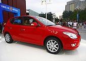 2009款现代i30现场车型
