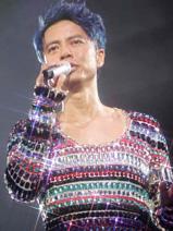 左麟右李演唱会2009李克勤形象由Henry Lau设计