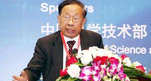 世界电动汽车协会主席陈清泉