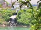 '临汾滨河东路一条排污渠把造纸厂产生的大量有害污水直接排入汾河'