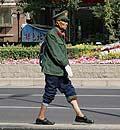 北京长安街雷人山寨版复古交警