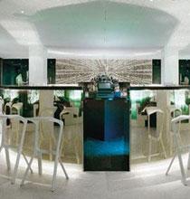 灵动变幻的Peacock Dinner Club