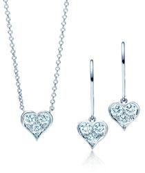 Tiffany Hearts 钻石吊坠和耳环