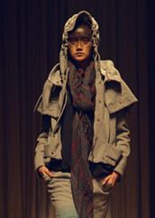 达衣岩Donoratico设计总监丁勇,新作《远离斯卡布罗的战争》