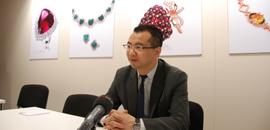 巴塞尔国际珠宝钟表展上TTF总裁吴峰华接受媒体采访
