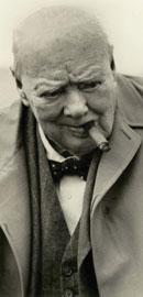 前英国首相温斯顿.丘吉尔公爵是Aquascutum之爱戴者。