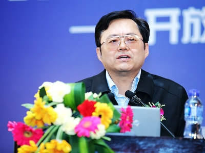 魏加宁:银行40%新增贷款流向了地方政府投融