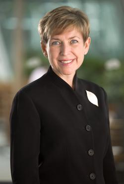 洲霍丽丝;半岛酒店;餐厅;美食;半岛酒店集团全球市场推广总经理霍丽丝