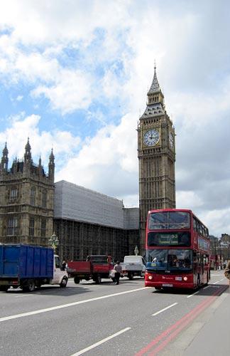 大本钟和红色巴士