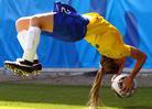 女足空翻掷界外球