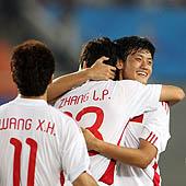 国奥队员庆祝进球
