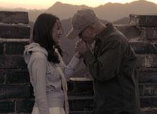 《非诚勿扰2》剧照-秦奋与梁笑笑在长城的感情戏
