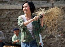 蒋雯丽的村妇形象