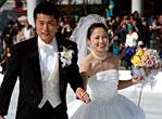 日本速滑美女穿冰鞋结婚