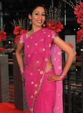 Sumitra Sarma 秀印度风情