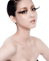 模特:陈婉萍