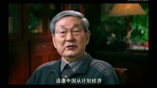 视频:朱镕基英文演讲视频 满头白发神情严肃