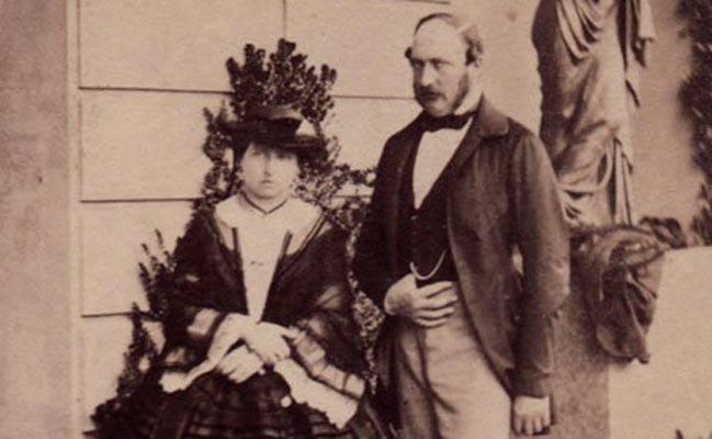 维多利亚女王+阿尔伯特亲王