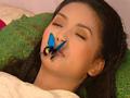 追忆还珠格格之遭老佛爷赐死,香妃病中引来蝴蝶