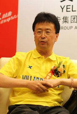 特步(中国)有限公司高级副总裁叶齐