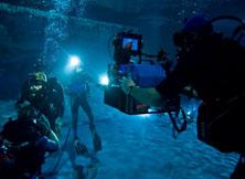 高难度水下拍摄务求视觉冲击力