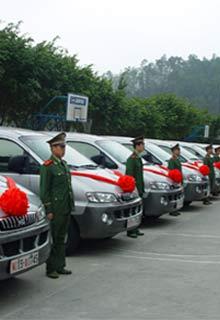 边防部队交车