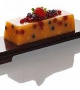 石榴如意双莓糕