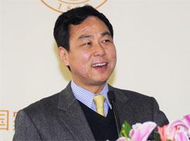 北京大学国家发展研究院副院长、中国宏观经济研究中心主任卢锋教授