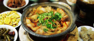 北京春光掠影 游走山村品美食
