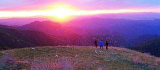安营扎寨海陀山看日出