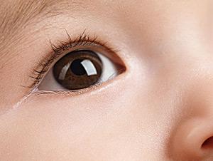宝宝的视力变好了