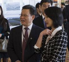 周迅与联合国副秘书长沙祖康