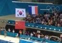 国旗上下排央视播广告