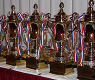第二届《王牌留学服务团队评选》 王牌奖杯