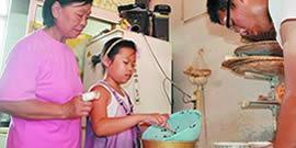 盛如瑾已经是一名合格的水饺工