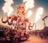 美国疯狂诡异荒诞的火人节