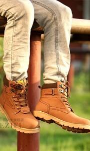 时尚潮流男士马丁靴