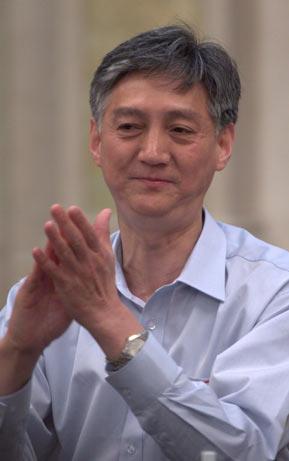 浙江中烟公司副总经理孟伟刚致辞