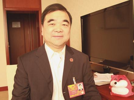 江苏环保厅厅长:雾霾天拟对公务车辆实施限行