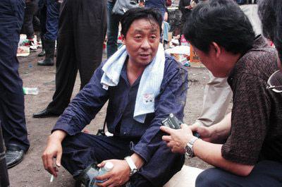 武予鲁接受记者采访