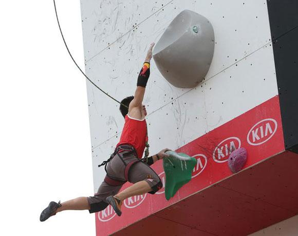 世界极限运动会 钟齐鑫速度攀岩屈居亚军