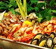 丰富多彩的中西美食宴席
