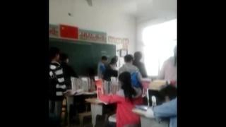 河南男老师与女生在教室大打出手 女生惨叫