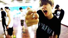 EXO《LOVE ME RIGHT》练习室版公开MV