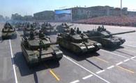 剑形列队的99A式坦克装备方队