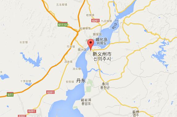 新义州与丹东市隔江相望。图片来自Google地图