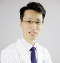 鲍宇克医生