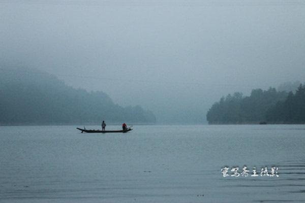 【秀山行】跟着渔民收网去